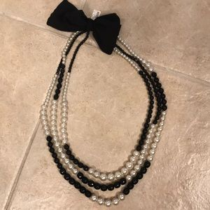 NEW w/Tag! WHBM 3 Strand Pearl/Bead Necklace 💕🥂